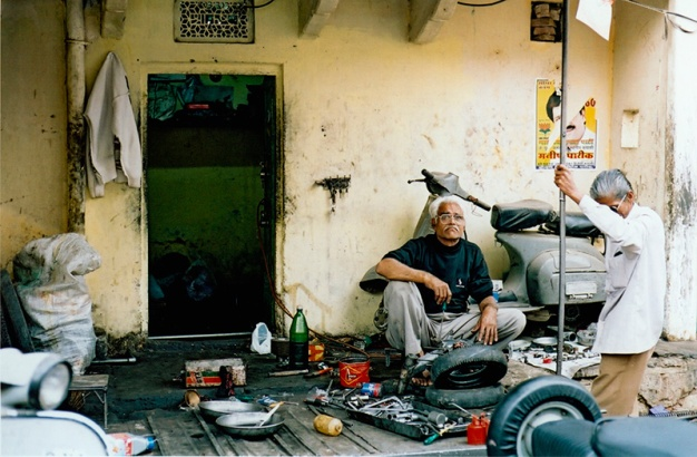 Motorcycle Repairmen of Jaipur, India